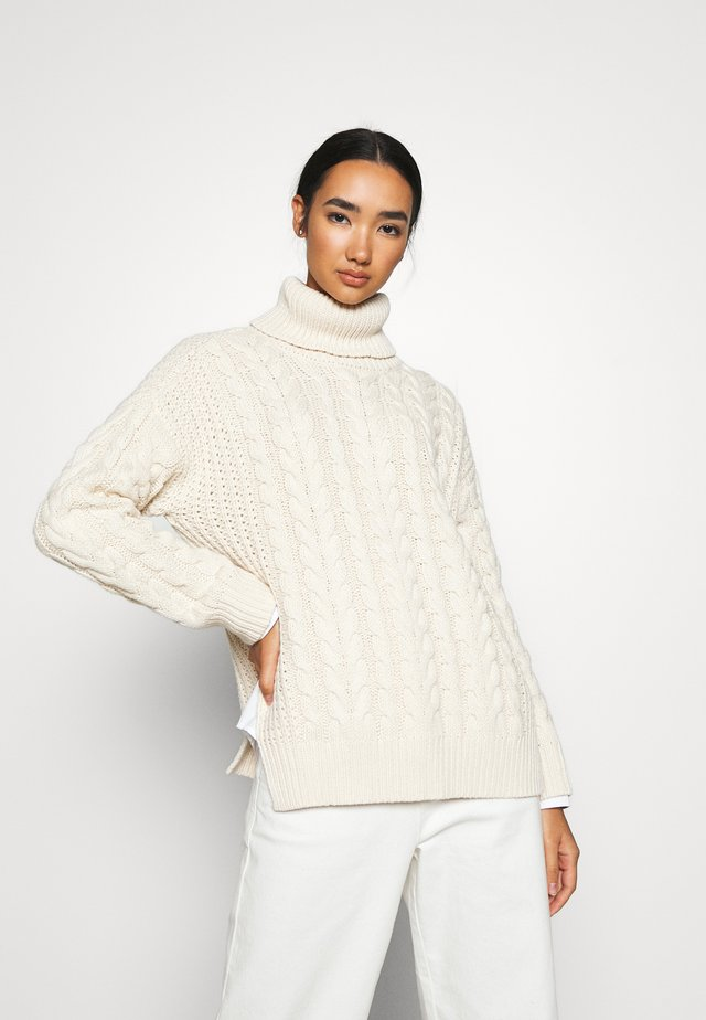 BIG NECK CABLE - Strikpullover /Striktrøjer - off white
