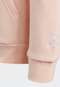 adidas Originals - ADICOLOR 3D TREFOIL HOODIE - Hoodie - pink - 6