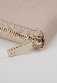 Ted Baker - HALLA - Wallet - dusky pink - 2