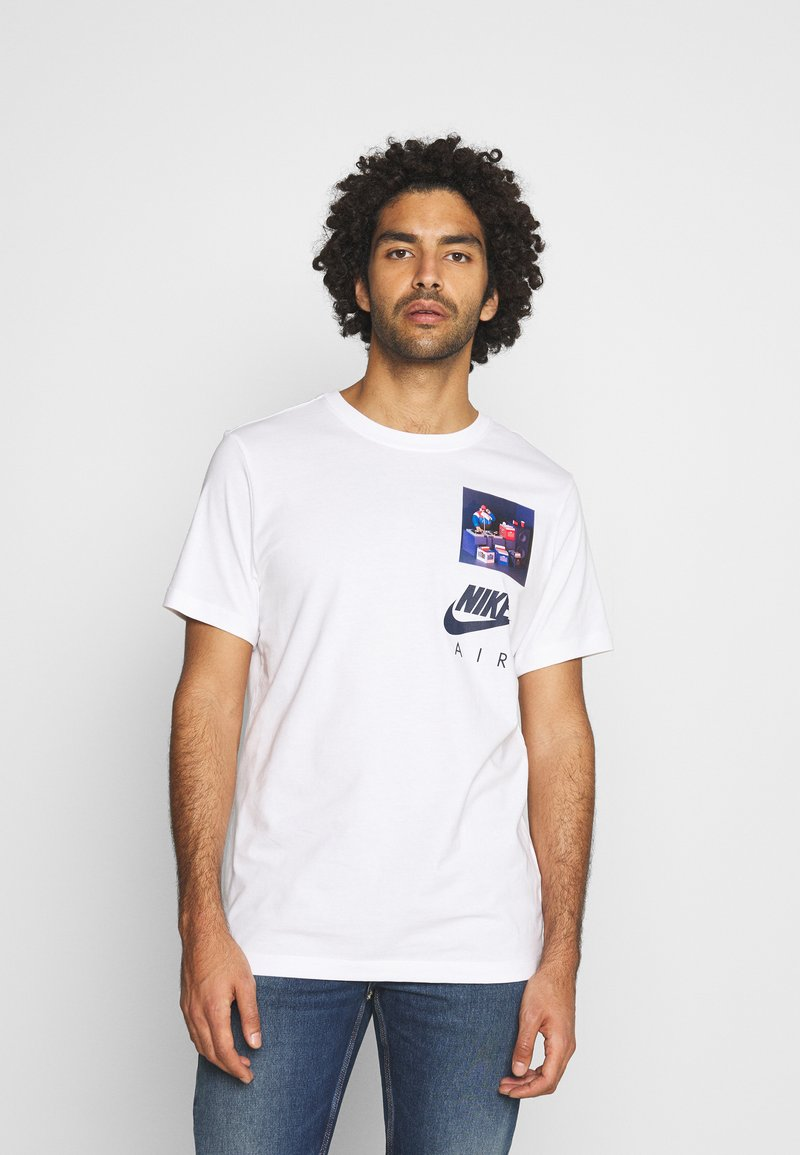 Nike Sportswear - TEE AIRMAN DJ - Triko spotiskem - white