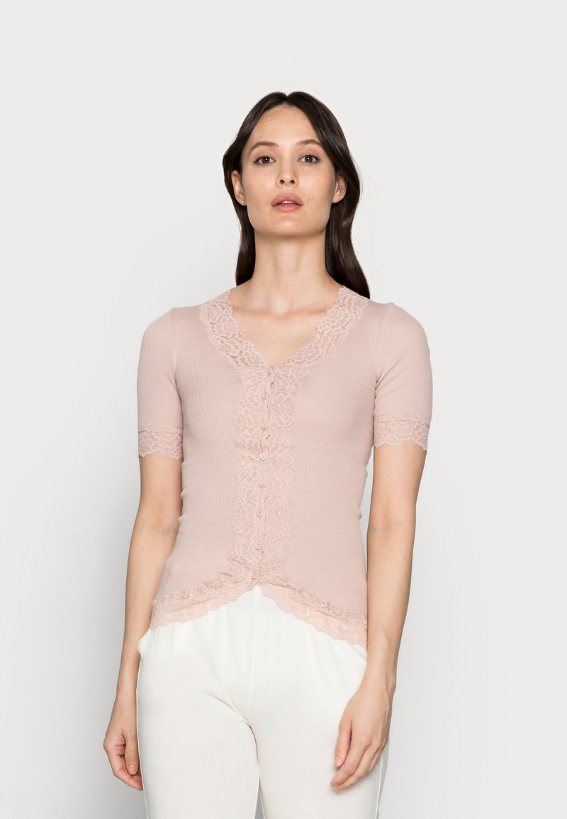 Rosemunde - T-shirts med print - vintage powder