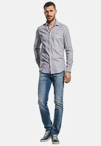 Emilio Adani - MIT FEINER STRUKTUR - Shirt - blau - 1