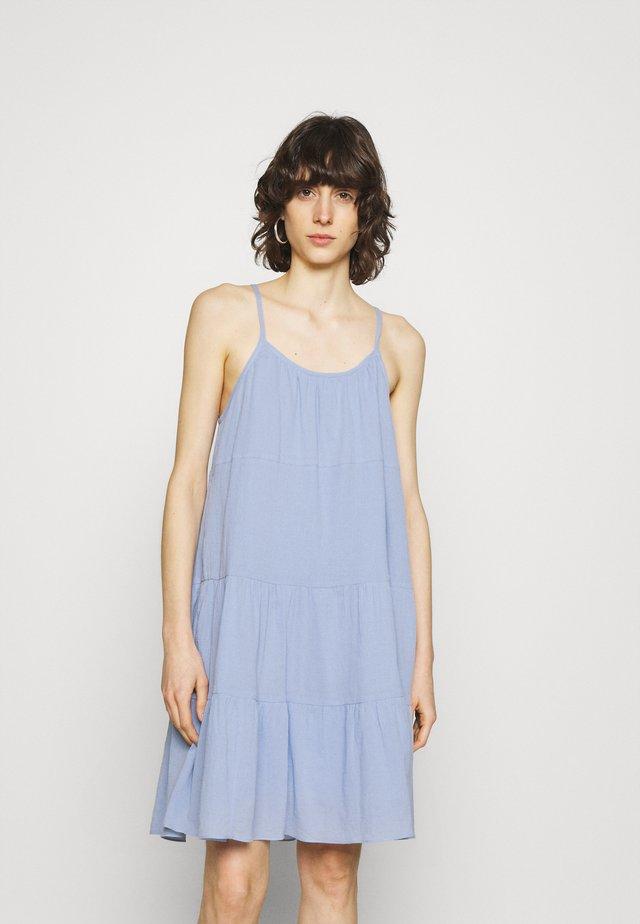 SARAH DRESS - Sukienka letnia - brunnera blue
