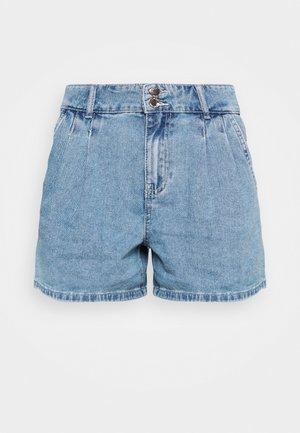ONLDEBBIE LIFE - Shorts vaqueros - light medium blue denim