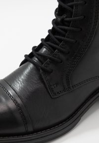 Jack & Jones - JFWRUSSEL WARM  - Lace-up ankle boots - anthracite - 5
