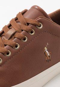 Polo Ralph Lauren - ASHINA LONGWOOD UNISEX - Sneakersy niskie - tan - 5
