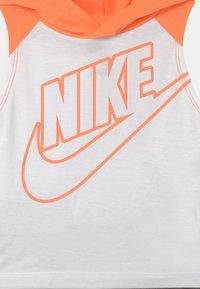 Nike Sportswear - NIGHT GAMES MUSCLE SET - Top - carbon heather - 3