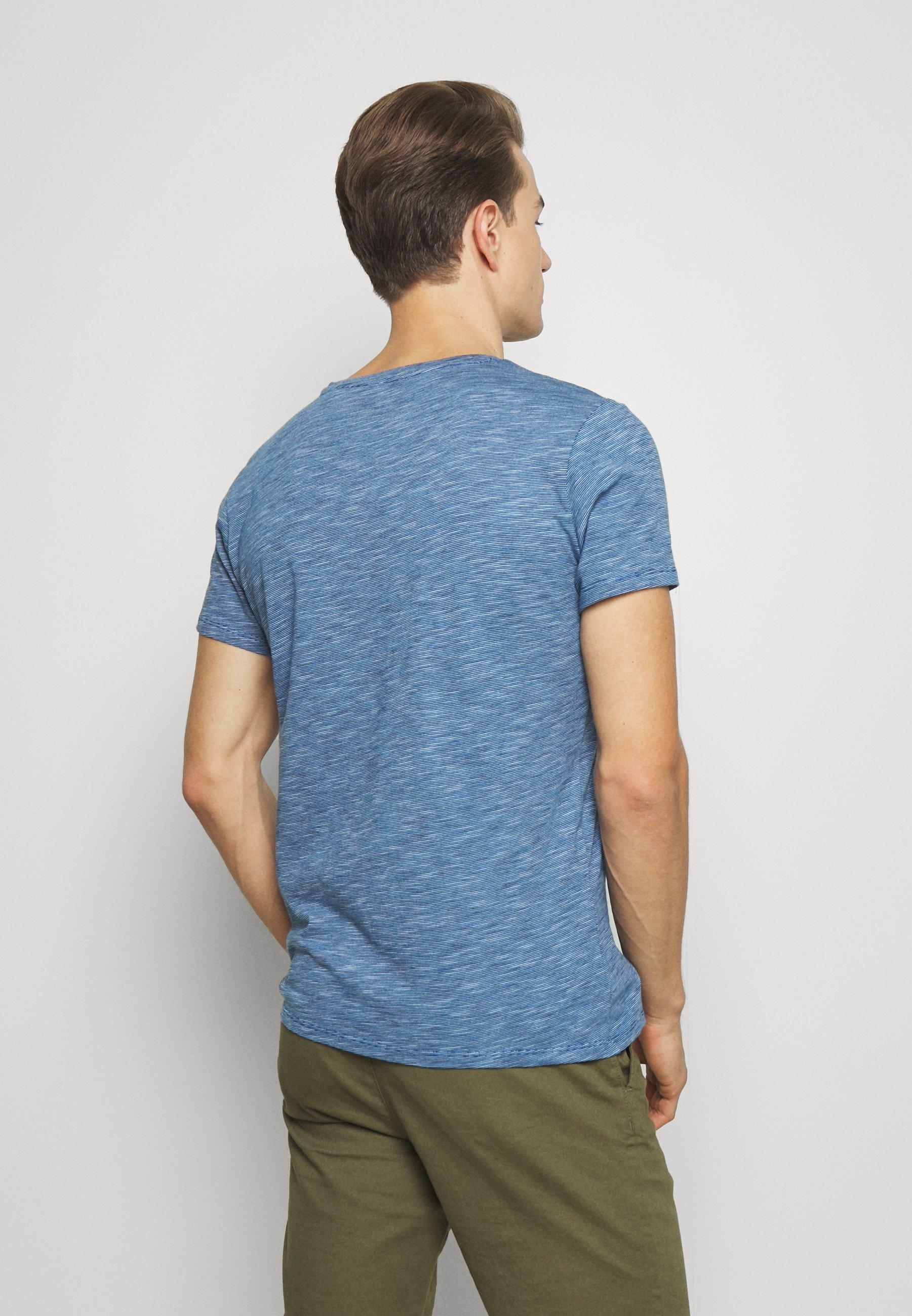 Q/S designed by KURZARM - Print T-shirt - ink blue kybVi