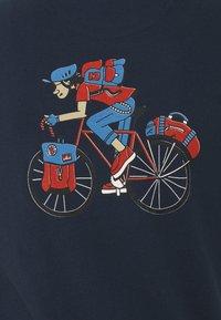 Barbour Beacon - PARKYART TEE - T-shirt med print - navy - 2