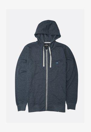 ALL DAY ZIP CAPUCHE - Zip-up sweatshirt - sangria
