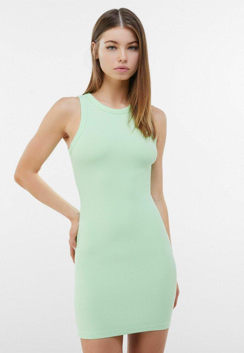 Bershka - Etuikleid - green