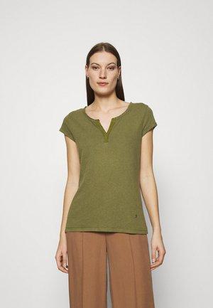 TROY TEE - Basic T-shirt - capulet olive