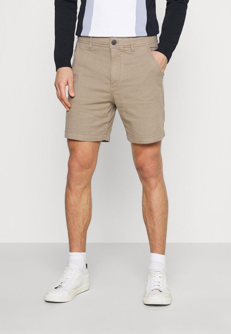 Selected Homme - SLHSTORM FLEX - Shorts - petrified oak/mix bungee