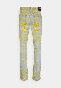 Versace Jeans Couture - HARRY - Slim fit jeans - light-blue denim - 7