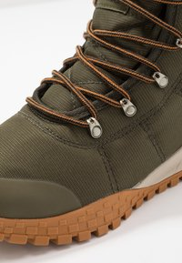 Columbia - FAIRBANKS OMNI-HEAT - Winter boots - nori/canyon gold - 5