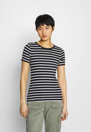 SKINNY OPEN - Print T-shirt - desert sky/white