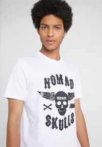 John Richmond - Print T-shirt - offwhite - 4