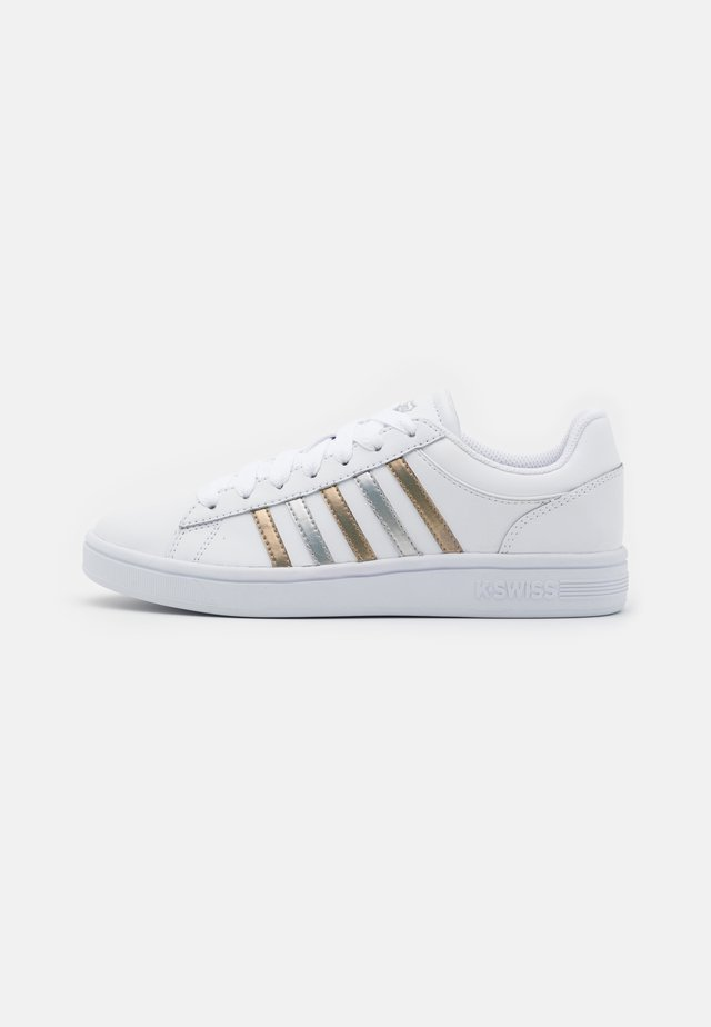 COURT WINSTON - Sneakers - white/silver/gold