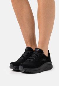 Skechers Sport - D'LUX WALKER - Sneakers laag - black - 0