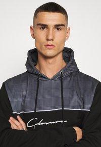 CLOSURE London - CUT SEW CHECKED HOODY - Bluza z kapturem - black - 3