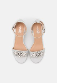 Wallis - SAVOY - Sandals - white shimmer - 5