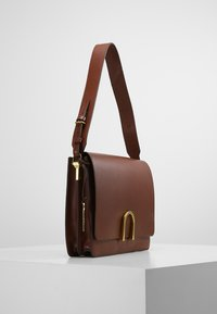 Fossil - MAYA - Across body bag - medium brown - 3