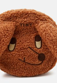 TINYCOTTONS - TINY DOG SHERPA BAG - Across body bag - brown - 3