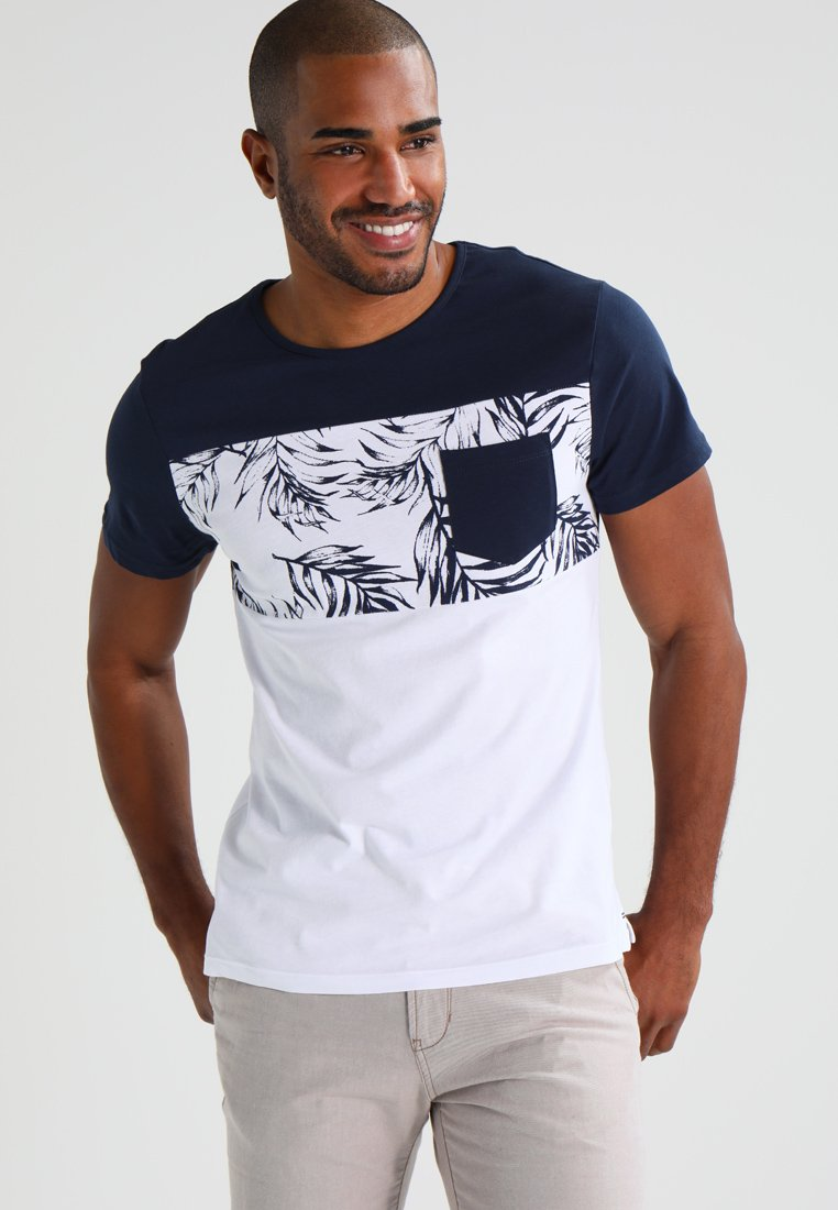 Pier One - T-shirt con stampa - navy/white
