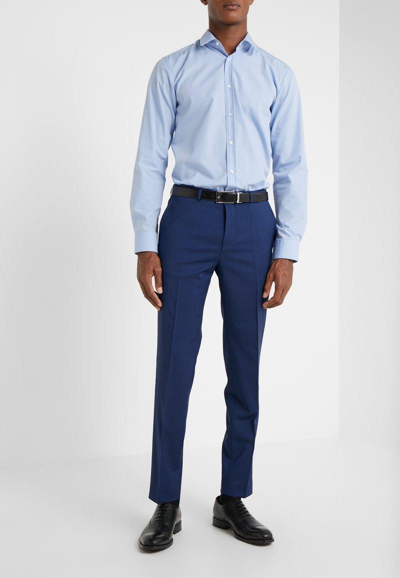 HUGO - HARTLEYS - Oblekové kalhoty - medium blue