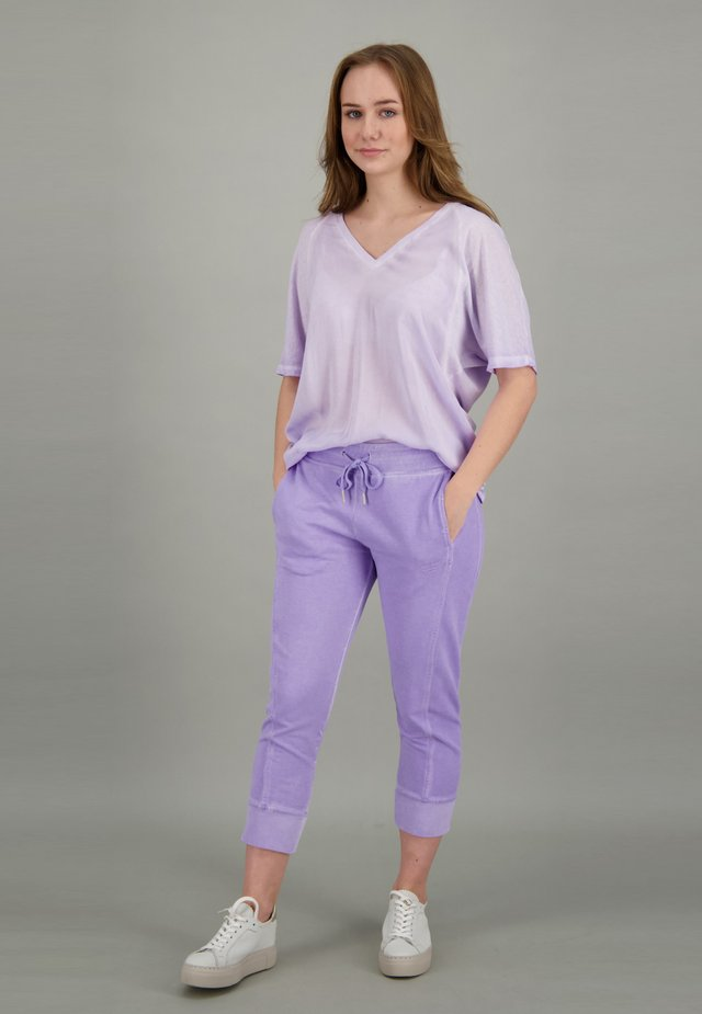 SOHO  - Tracksuit bottoms - orchid