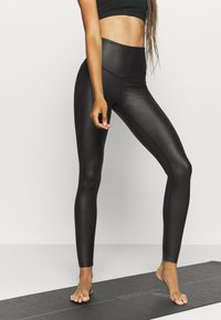 South Beach - WETLOOK HIGHWAIST LEGGING - Tights - black - 0