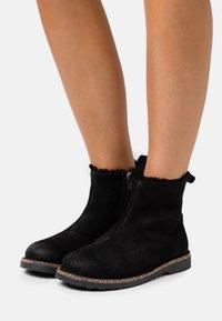 Birkenstock - MELROSE - Classic ankle boots - black - 0
