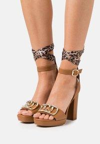 Liu Jo Jeans - HEBE  - Platform sandals - tan - 0
