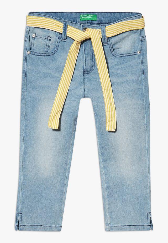 TROUSERS BELT - Denim shorts - light blue denim