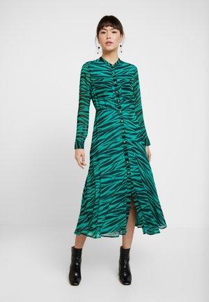 CARYS TIGER SHIRT DRESS - Maxi šaty - green