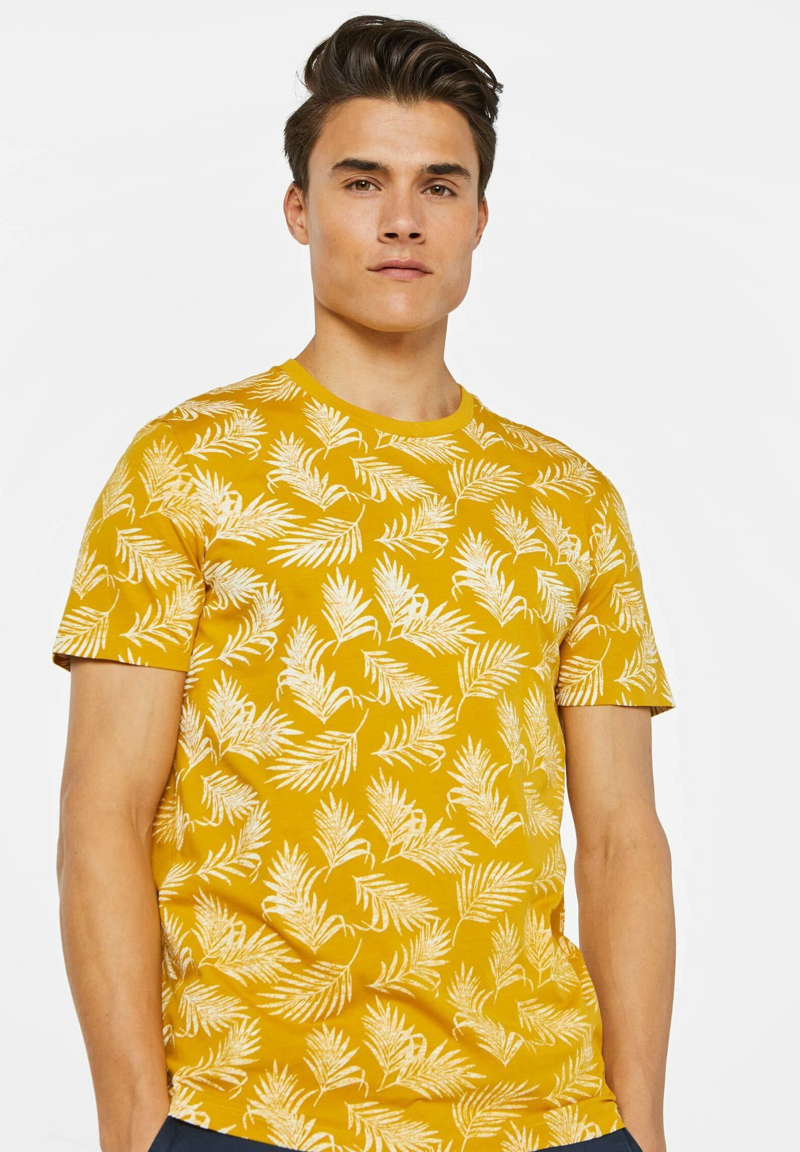 We Fashion Mit Blättermuster - T-shirt Print Mustard Yellow