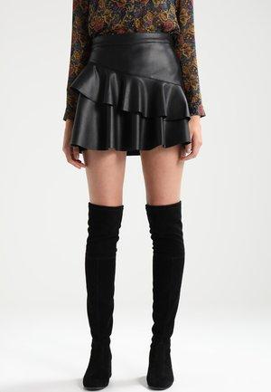 ONLEMMA FRILL - Jupe trapèze - black