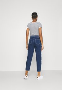 ONLY - ONLLIVA SLOUCHY - Jeans relaxed fit - dark blue denim - 2