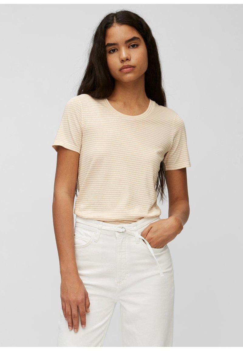 Marc O'Polo DENIM - Print T-shirt - multi/island beige