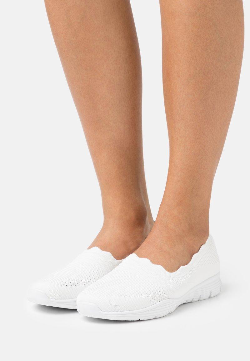 Skechers - SEAGER - Slip-ons - white