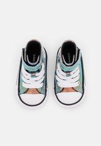 Converse - CHUCK TAYLOR ALL STAR GLITTER  - Sneakers alte - white/black - 3