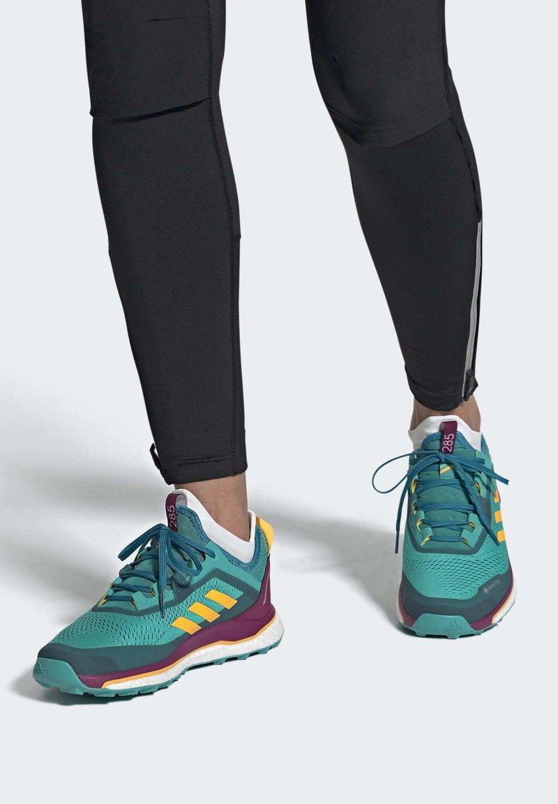 adidas Performance - TERREX AGRAVIC GORE-TEX BOOST TRAIL RUNNING - Løbesko trail - turquoise