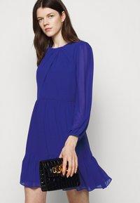 Milly - JACKIE DRESS - Shift dress - azure - 3