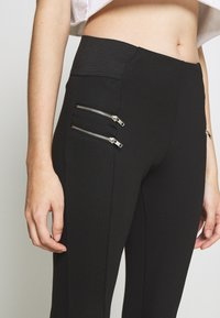 New Look Petite - BIKER ZIP - Leggings - black - 4