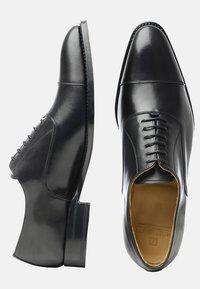 SHOEPASSION - NO. 556 - Smart lace-ups - black - 1