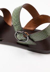 Minelli - Sandály - kaki - 2