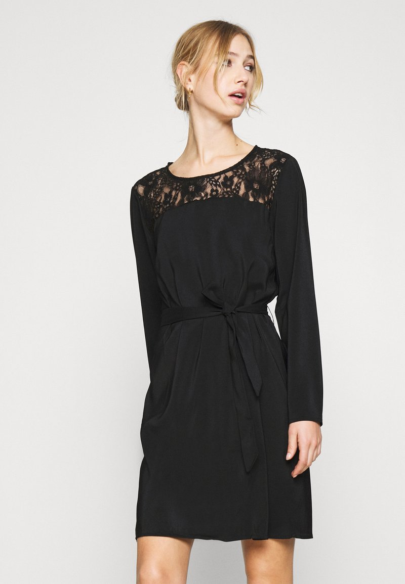 Vila - VISISA TIE BELT DRESS - Day dress - black