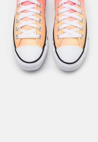 Converse - CHUCK TAYLOR ALL STAR - Sneakers - mellon baller - 5