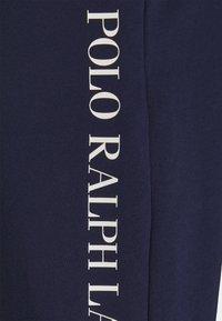 Polo Ralph Lauren - LOOP BACK  - Pyjamahousut/-shortsit - cruise navy - 2
