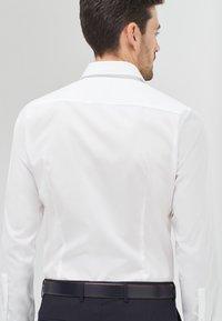 JOOP! - Formal shirt - weiß - 2